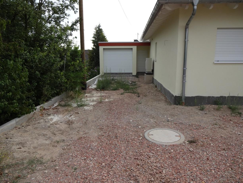 Außenanlage Umabu Vorher
